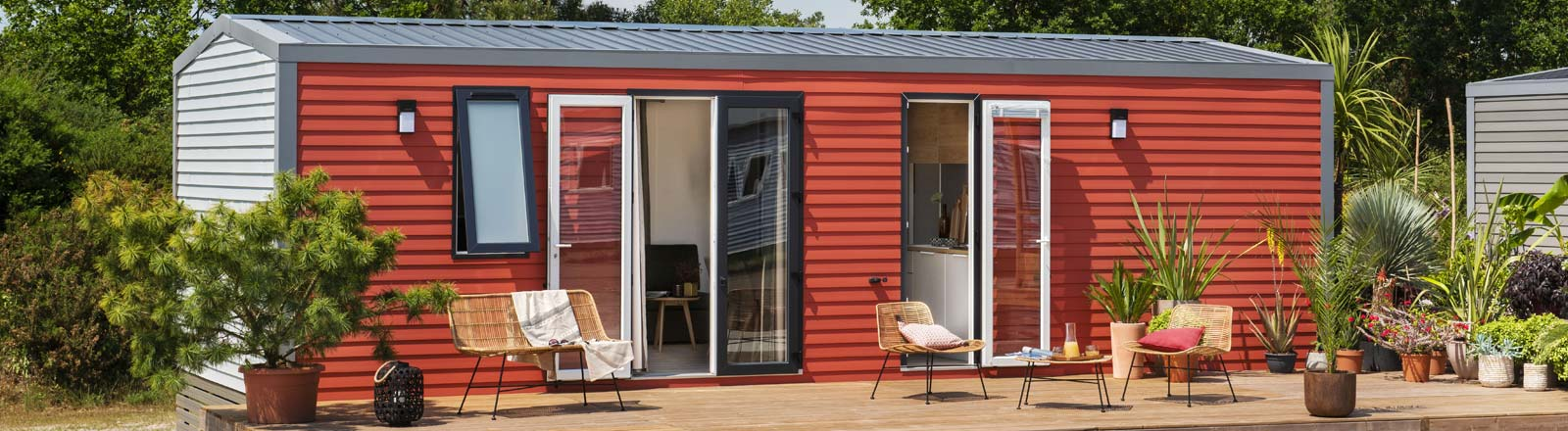 Mobile home to rent all year round in camping near the beaches in Vendée